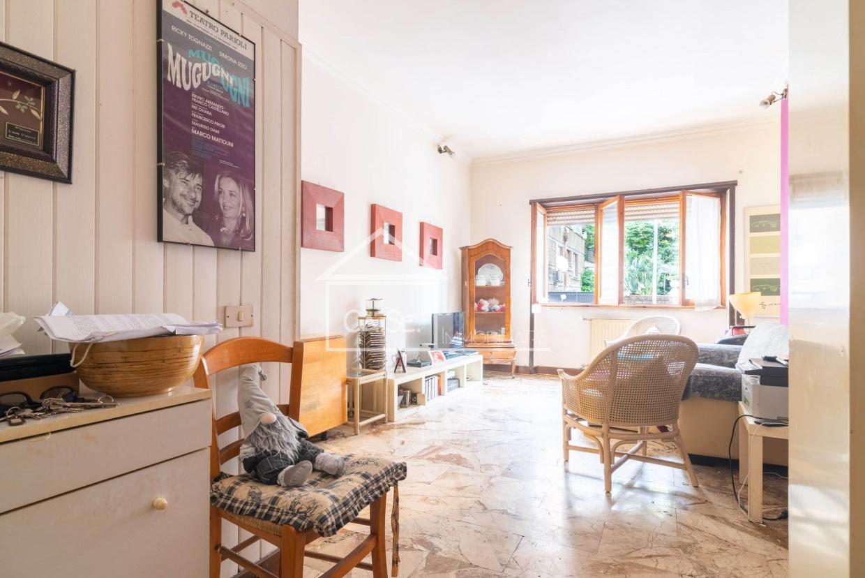 Appartamento in vendita a Roma, 2 locali, prezzo € 205.000 | CambioCasa.it