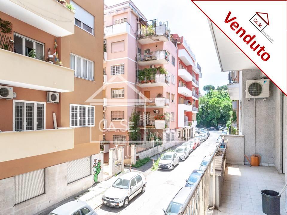 Appartamento in vendita a Roma, 5 locali, prezzo € 415.000 | CambioCasa.it
